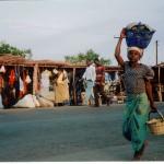 Kvinna på marknaden i Nkhotakota